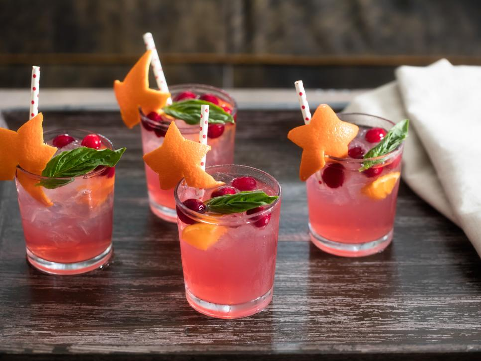 guests enjoyed cocktails made - 966×725